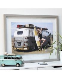 Jessica Johansen, Harbour Surfbus and Surfboard A2 Art print/poster